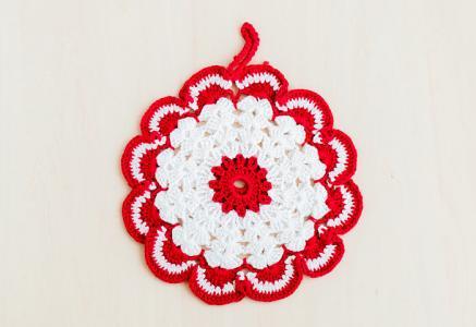 北欧で使われていた、赤い花のモチーフのポットホルダー(鍋つかみ)/ビンテージ/F0135-1