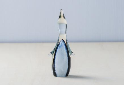北欧で使われていた、クリスタルガラスのペンギンの置物(オブジェ)/ビンテージ/I0100
