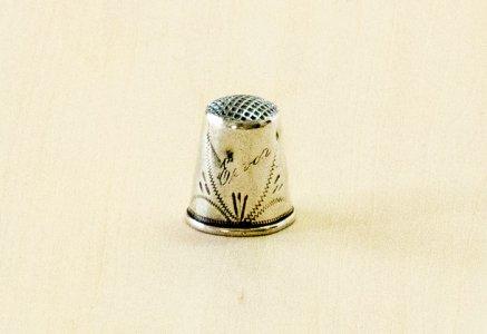北欧で使われていた、ビンテージの指貫(シンブル) / ビンテージ / S0078
