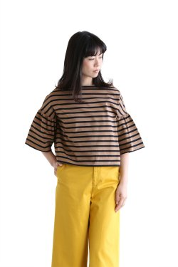 SACRA(サクラ) SLOPE SHAPE BORDER Tシャツ【118162021】BEIGE
