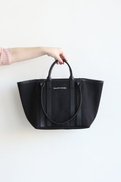 beautiful people(ビューティフルピープル) shape memory canvas W handle bag  black