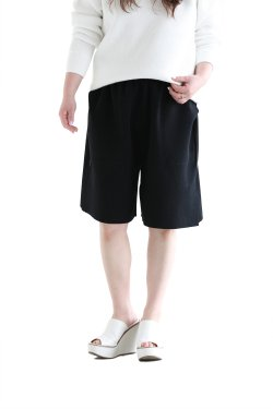 unfil(アンフィル) high twist cotton milanoribbed-knit shorts