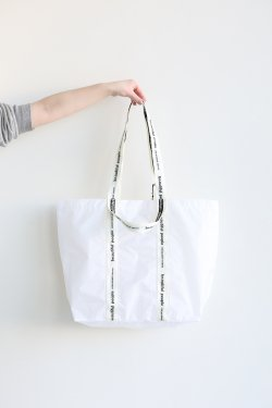 beautiful people(ビューティフルピープル) sail cloth logo tape tote  white