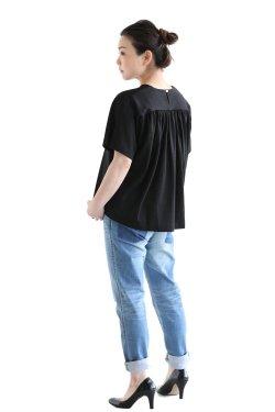 SACRA(サクラ) COTTON LINEN クルーネックTシャツ  BLACK