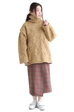 unfil(アンフィル) french merino cable-knit oversized sweater  wheat