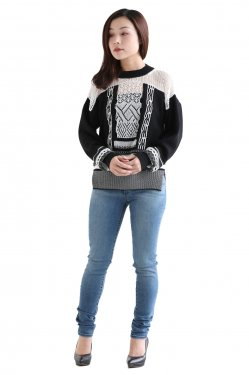 Mame Kurogouchi(マメ) Mixed Knitted Fabric Pullover
