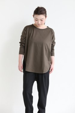 SIWALY(シワリー) round hem pullover  khaki