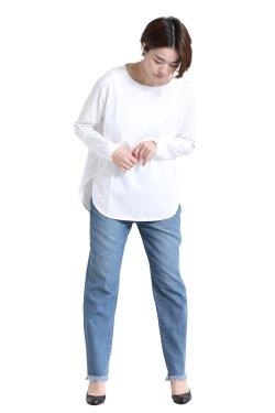 SIWALY(シワリー) round hem プルオーバー  white