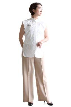 Mame Kurogouchi(マメ) Botanical Embroidery Sleeveless Shirt  WHITE