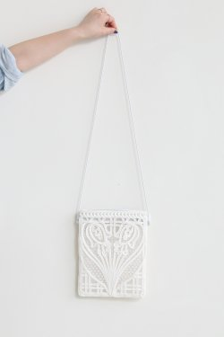 Mame Kurogouchi(マメ) Coading Embroidery Pouch With Leather Strap  WHITE
