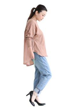 MOOLA KALAH(モーラカーラ) Lettered Back Gather Pullover  pink