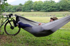 <img class='new_mark_img1' src='https://img.shop-pro.jp/img/new/icons1.gif' style='border:none;display:inline;margin:0px;padding:0px;width:auto;' />【KM4K】UL HAMMOCK (ウルトラライトハンモック)ALL COMPLETE SET