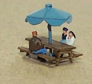 精密 Zゲージ ピクニックテーブルとパラソル キット 1セット