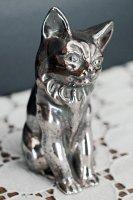 シルバー製お座りネコのフィギュリン(イギリス)