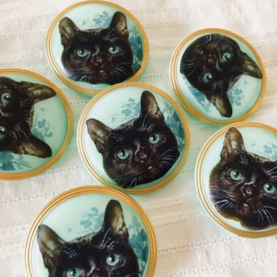 ネコのガラスボタン(チェコ) 黒ネコ...