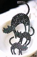 【 VASARI 】黒ネコブローチ・黒ネコピアス|Swarovski(スワロフスキー)