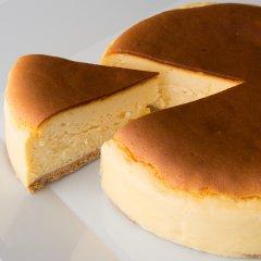ベイクドチーズケーキ <冷凍配送>