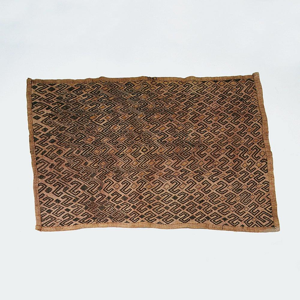 クバ族の布(草ビロード)