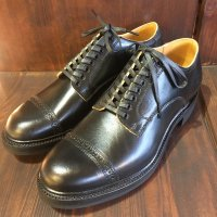 Makers work out blucher
