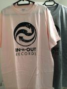 IN-n-OUT Tシャツ