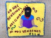 サパティスタ EZLN 刺繍 ミニタペストリー [イエロー ゲレーラ]