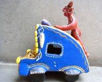 オクミチョ 陶器人形  [ディアブロと車] フォークアート B品