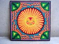 ウィチョール ネアリカ 羊毛絵 [太陽とペヨーテ] 民芸品