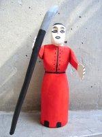 ウッドカービング 木彫り サンチアゴファミリー  [白い顔の修道女]