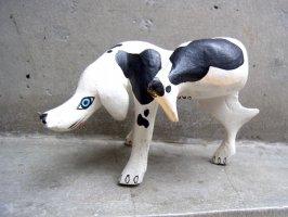 ウッドカービング 木彫り人形 ティルカヘテ [オシッコ犬] used