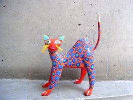 ウッドカービング 木彫り人形 ティルカヘテ [ネコ 赤] used