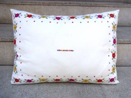 刺繍 クッション  [フラワー] テキスタイル