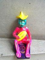 メテペック 陶芸  コロリド 人形 [ティブリシオ・ソテノ パンを持つガイコツ]