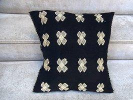 チアパス 刺繍 クッションカバー [黒 カラコル] ララインサール