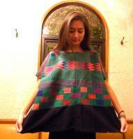ウイピル グアテマラ 刺繍 民族衣装 ポンチョ [ブラック&グリーン モザイク]