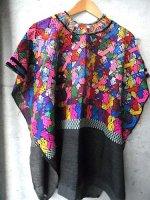 ウイピル グアテマラ 刺繍 民族衣装 ポンチョ [ブラック/スクエア ケツァル]