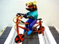アレブリヘス 木彫り 民芸品 [自転車に乗る猫] オアハカ ティルカヘテ