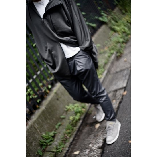 <img class='new_mark_img1' src='//img.shop-pro.jp/img/new/icons14.gif' style='border:none;display:inline;margin:0px;padding:0px;width:auto;' />BIG FIELD PARKA/GREY KHAKI