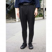 BOX TUCK TROUSERS / TYPE-�