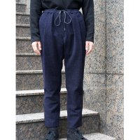 <img class='new_mark_img1' src='https://img.shop-pro.jp/img/new/icons20.gif' style='border:none;display:inline;margin:0px;padding:0px;width:auto;' />EASY BOX TROUSERS