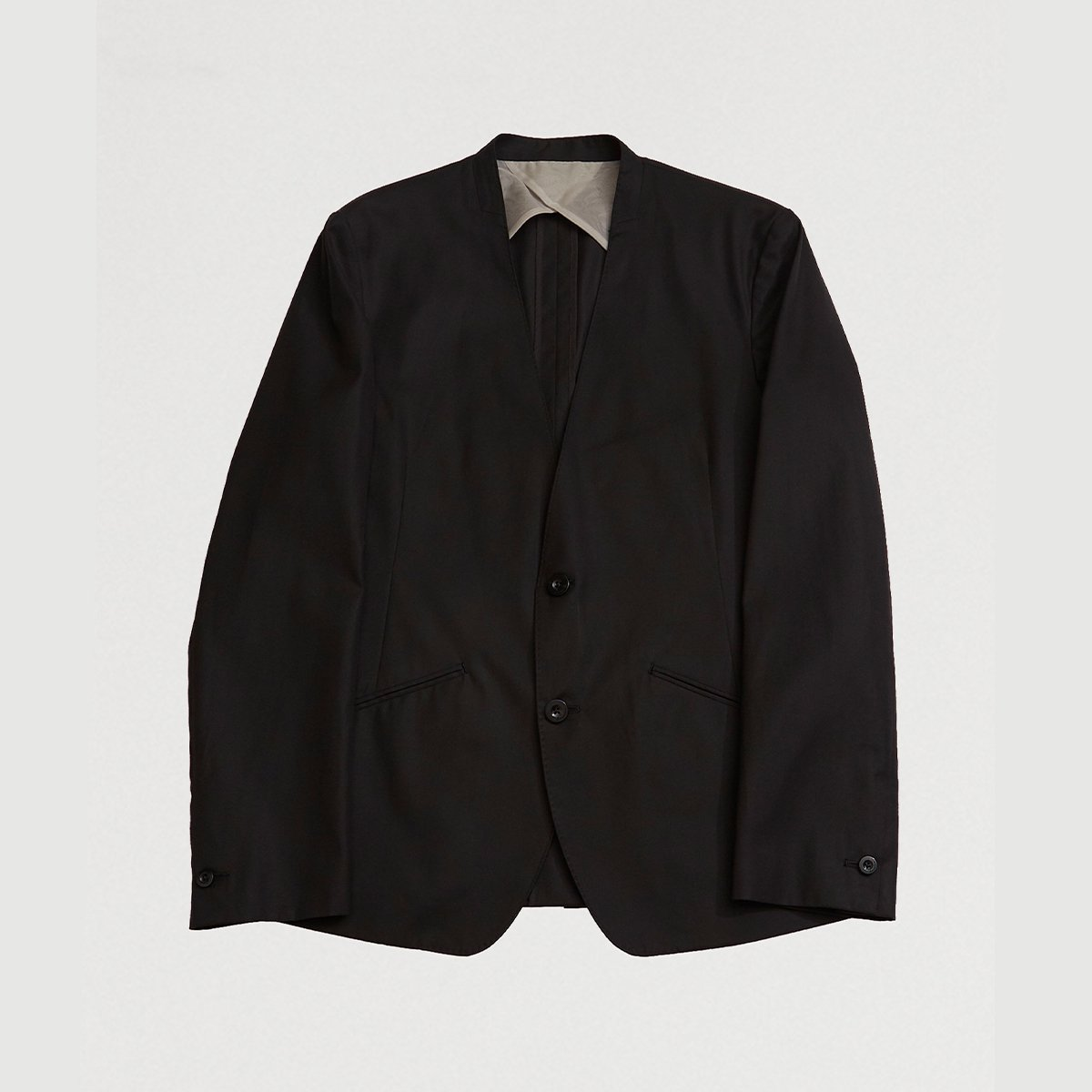 <img class='new_mark_img1' src='https://img.shop-pro.jp/img/new/icons5.gif' style='border:none;display:inline;margin:0px;padding:0px;width:auto;' />NO COLLAR JACKET / BLACK
