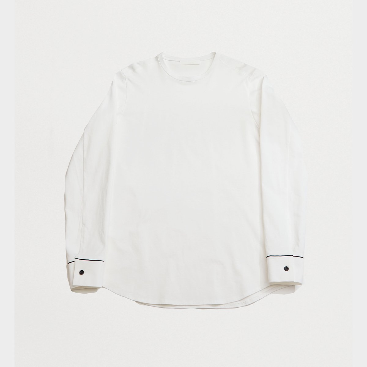<img class='new_mark_img1' src='https://img.shop-pro.jp/img/new/icons5.gif' style='border:none;display:inline;margin:0px;padding:0px;width:auto;' />LONG-SLEEVED T-SHIRT / WHITE