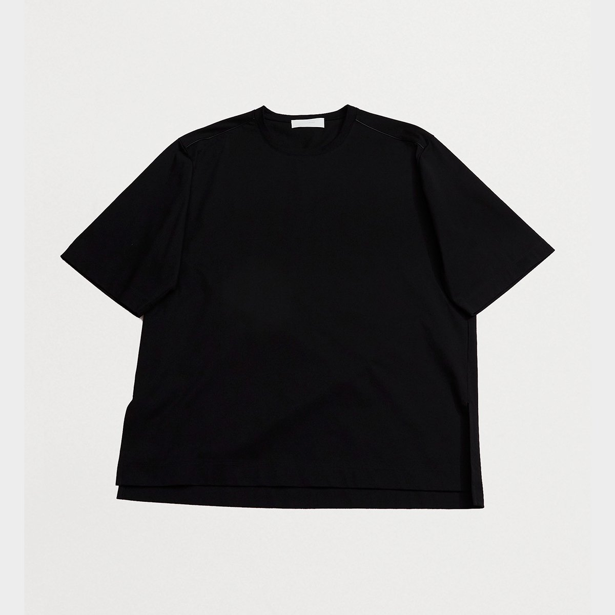 <img class='new_mark_img1' src='https://img.shop-pro.jp/img/new/icons5.gif' style='border:none;display:inline;margin:0px;padding:0px;width:auto;' />SHORT-SLEEVED T-SHIRTS / BLACK