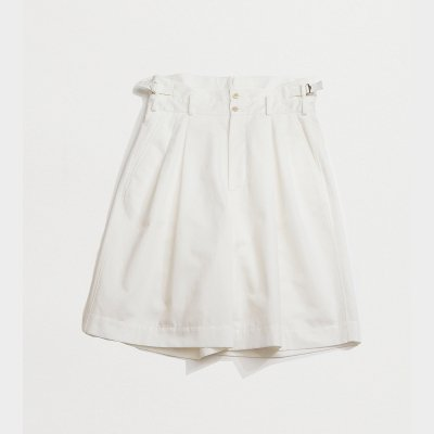 <img class='new_mark_img1' src='https://img.shop-pro.jp/img/new/icons5.gif' style='border:none;display:inline;margin:0px;padding:0px;width:auto;' />HIGH WAIST SHORTS / WHITE