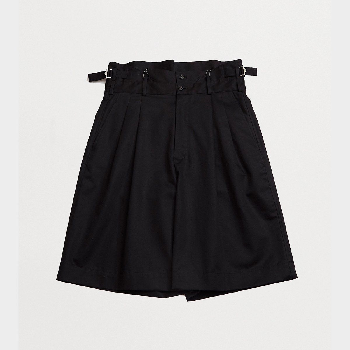 <img class='new_mark_img1' src='https://img.shop-pro.jp/img/new/icons47.gif' style='border:none;display:inline;margin:0px;padding:0px;width:auto;' />HIGH WAIST SHORTS / BLACK