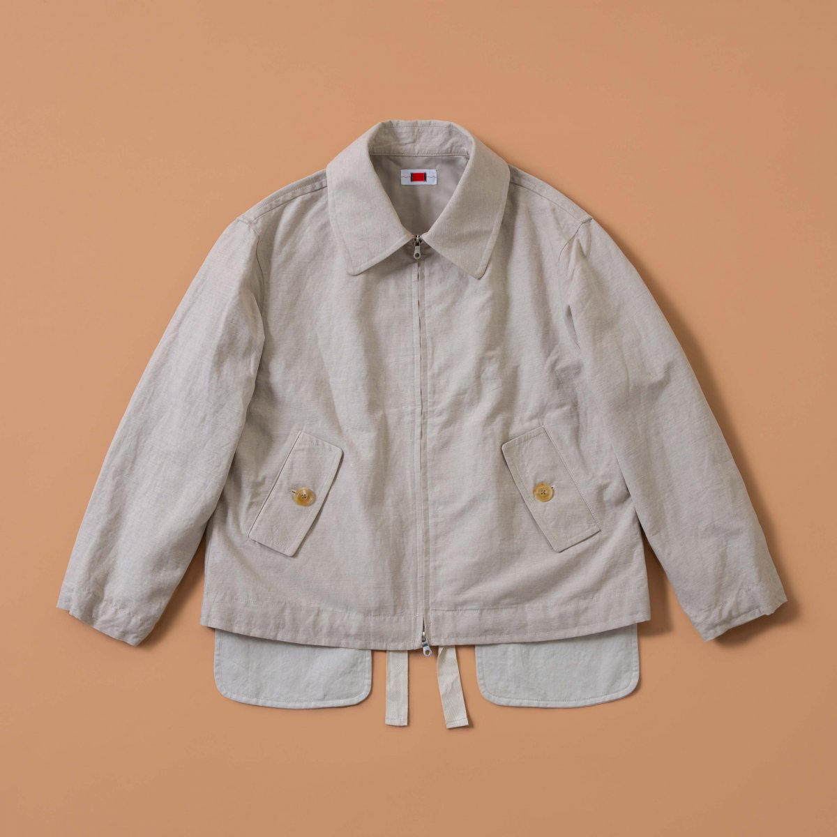 <img class='new_mark_img1' src='https://img.shop-pro.jp/img/new/icons5.gif' style='border:none;display:inline;margin:0px;padding:0px;width:auto;' />EMPTY BLOUSON / SAND BEIGE