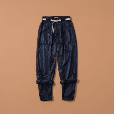 <img class='new_mark_img1' src='https://img.shop-pro.jp/img/new/icons5.gif' style='border:none;display:inline;margin:0px;padding:0px;width:auto;' />NYLON TAPARED LAYER PANT