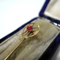 STICK PIN/GARNET/Circa 1900/with CASE
