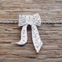 RIBBON NECKLACE WITH DIAMOND