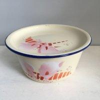 *china vintage*ホーロー蓋つきミニボウル(花・たまご色)