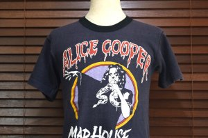 <img class='new_mark_img1' src='https://img.shop-pro.jp/img/new/icons50.gif' style='border:none;display:inline;margin:0px;padding:0px;width:auto;' />1979 ALICE COOPER/アリス・クーパー (MAD HOUSE ROCK)   ヴィンテージTシャツ 【S】